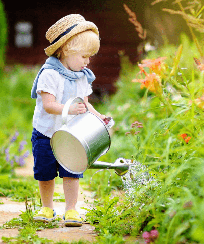 15 Fun Backyard Activities for Toddlers & Preschoolers