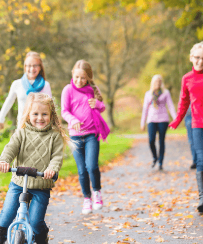 21 Outdoor Fall Activities for Kids